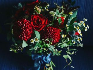 THORN & thistle flower merchants 1