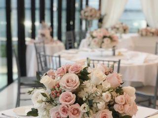 La Belle Fleur Floral Design & Decor 3