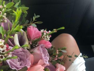 Quik Pik Flowers & Gifts 2