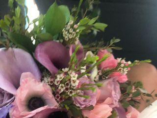 Quik Pik Flowers & Gifts 3
