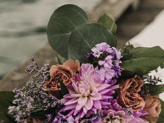 Pretty Things Florist 3