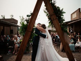 Loft Country Weddings & Carriages 2