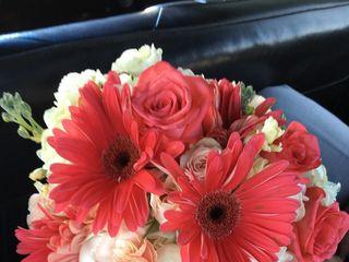 Petitpaw Designs Florist 3