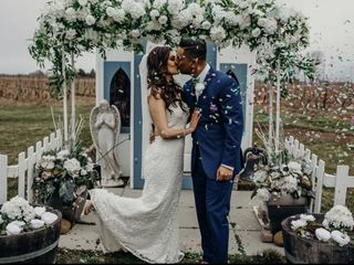 Niagara Weddings + Decor 1