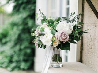 Roses + Twine Floral Studio 6