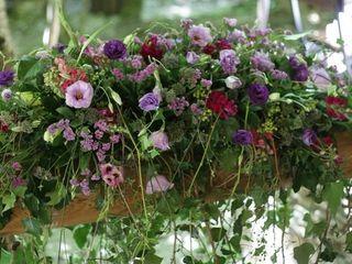 Get a bouquet 1