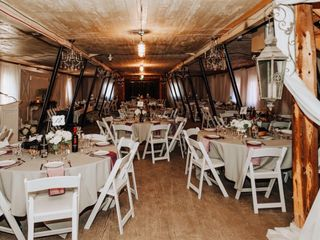 The Rustic Wedding Barn 4