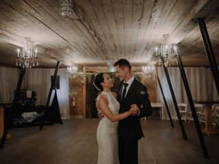 The Rustic Wedding Barn 3