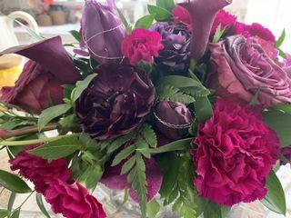 Mobile Wedding Florist YEG   1