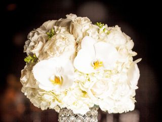 Petalino Flower Bar & Events 3