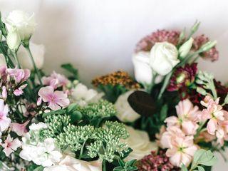 Cedar & Stone Floral Studio 4