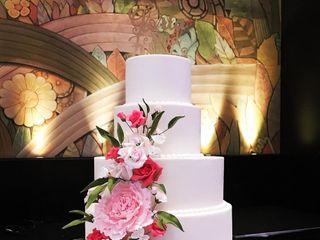 Finespun Cakes & Pastries 2