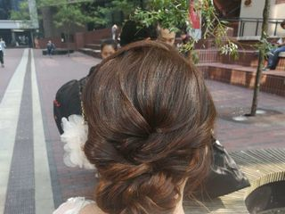 Momo Liu Makeup & Hair Studio 7