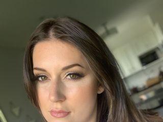 Maddi Amber Makeup 1