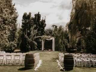 The Secret Garden at Ripples Winery 2