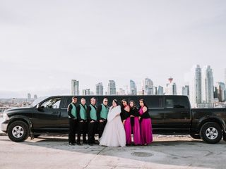 AM PM Limo & Party Bus Calgary 1