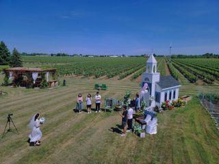 Niagara Weddings + Decor 2