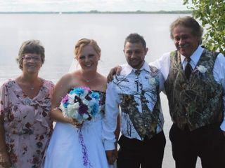 Rev. Darcelle Runciman - Your Wedding Officiant ~ The Infinity Centre 1