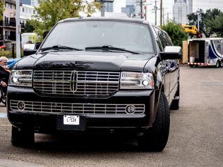 Platinum Luxury Limousines 3