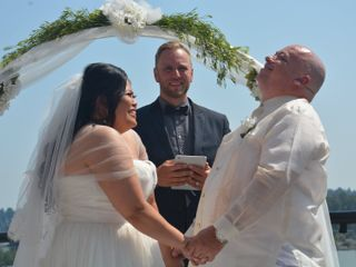 Vancouver Officiant 3