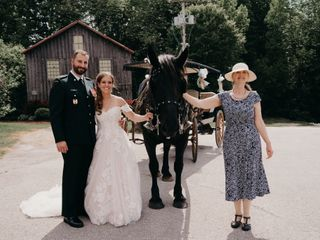 Suzanne Myers, Professional Celebrant & Wedding Officiant 1