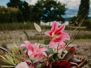 Lois Keane Flowers 3