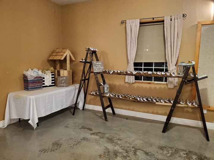 Favors/guest book area