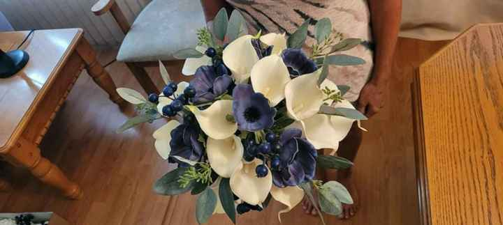 Real vs Faux Flowers for Centrepieces - 7