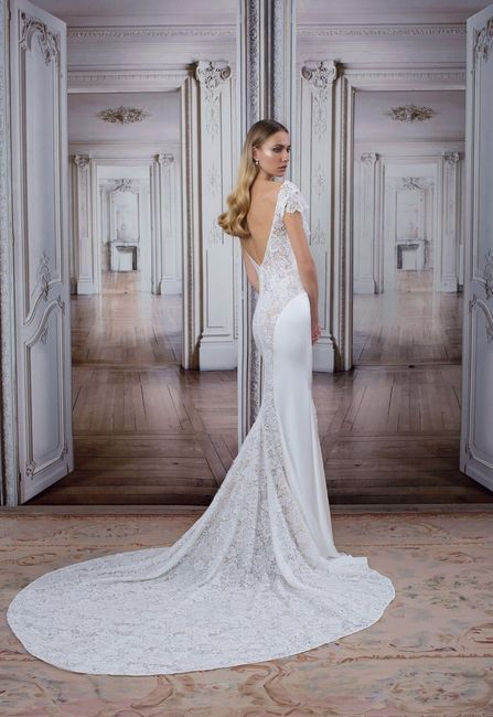 8599e4c0117e Dress Decisions: Train or No Train? - Wedding fashion - Forum ...
