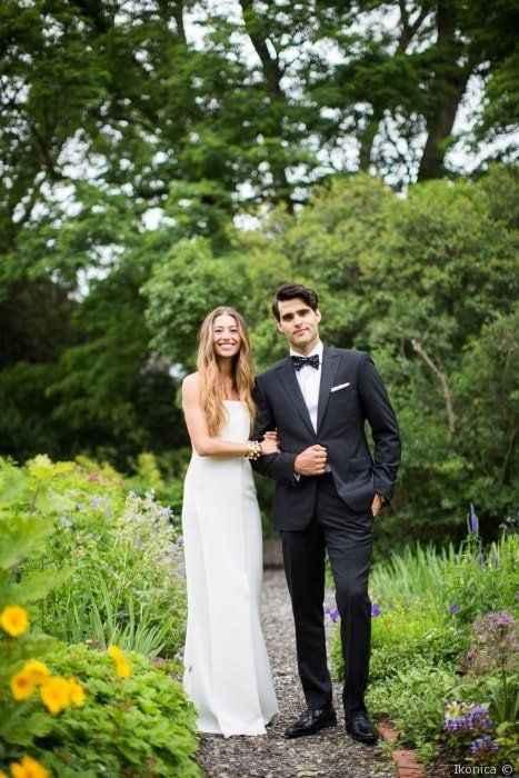 Wedding Dress Silhouette - Sheath