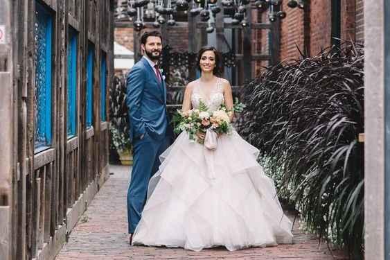 Wedding Dress Silhouette - Ballgown