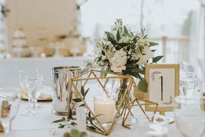 Small Simple White Floral Centerpiece - Gold Geometric Decor