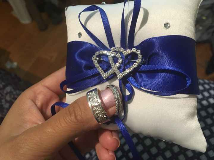 What should my ring bearer carry - 1