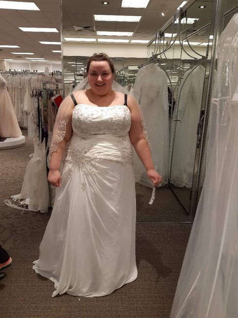 i got my dress!!!!! 3