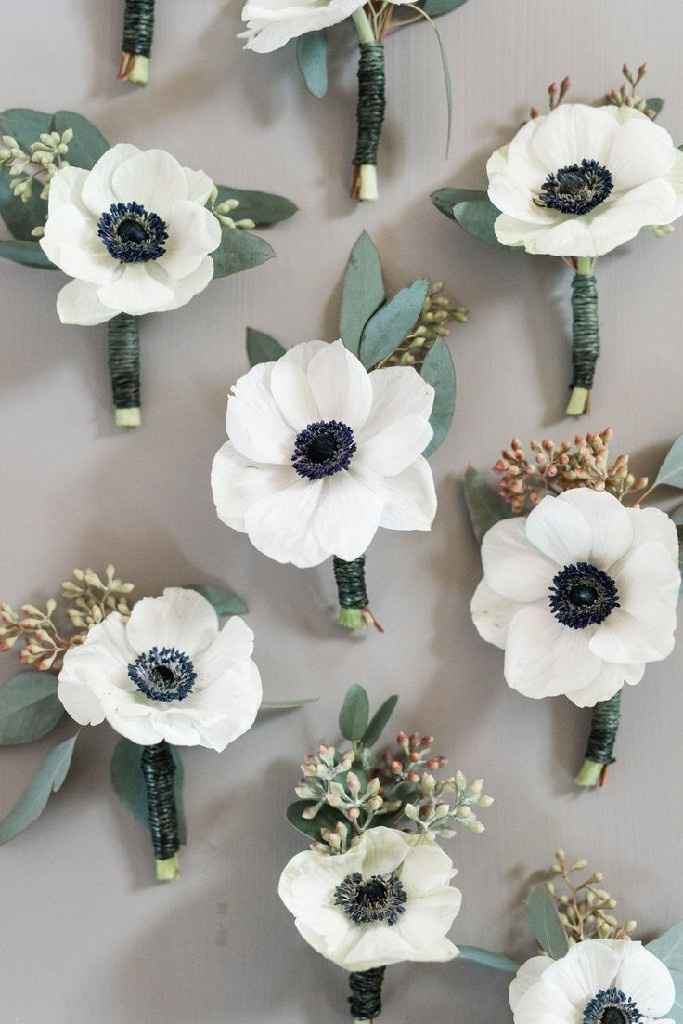 Show off your boutonnieres! - 1