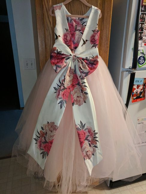 Back of flower girl dress