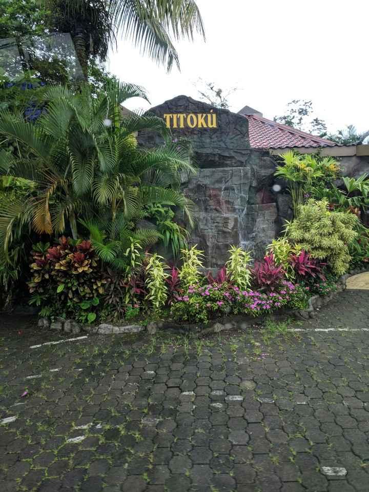Titokú hot springs