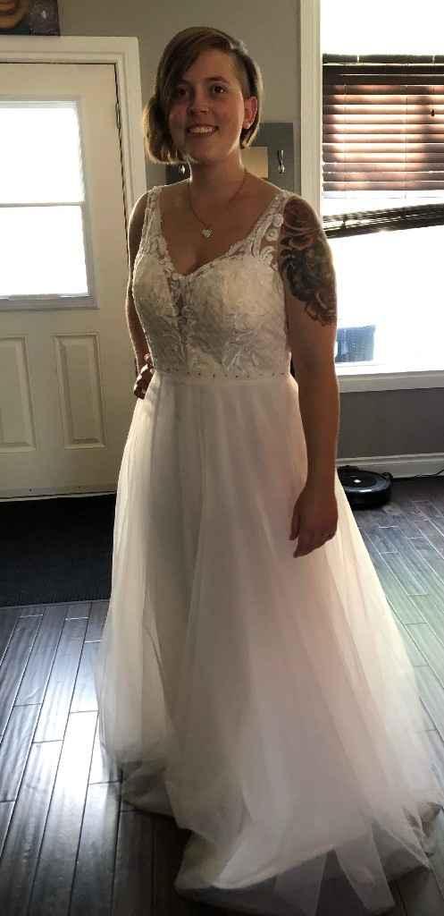 Wedding dress arrived ☺️ - 1