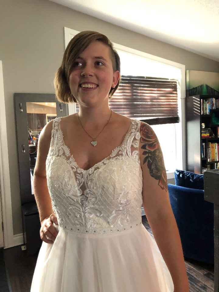 Wedding dress arrived ☺️ - 3