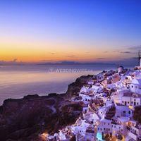 honeymoon destination santorini greece