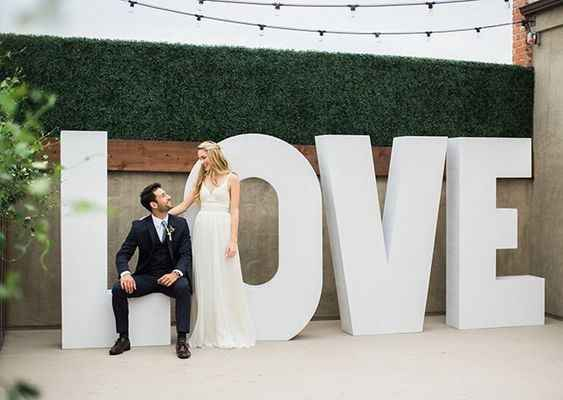 love large letters for wedding decor
