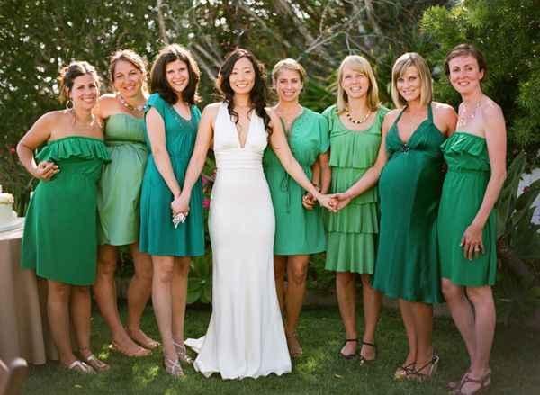 Same color scheme, but mismatched Bridesmaids dresses