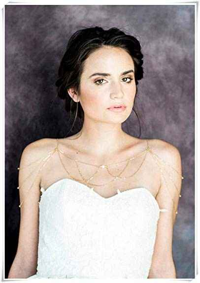 Are you wearing a necklace with your wedding dress? - 1