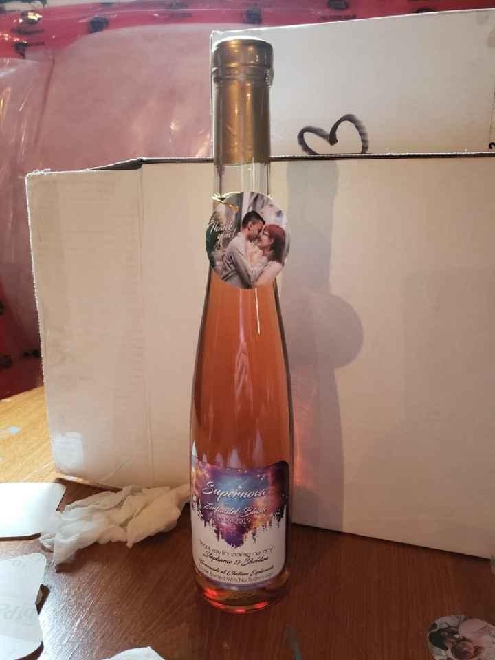 Mini Wine Bottle Favours - 1