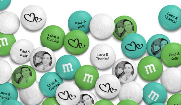 Create your own custom color M&M mix with 21 Custom Color options. Custom Color M&M's are a fun gift idea and great for parties and events in all seasons. Perfect for School colors, Company colors, Seasonal color mixes or your Wedding colors. Just choose the colors that best suit your event!