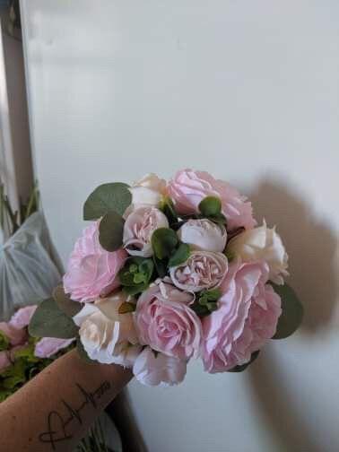 Got my wedding flowers!! 3