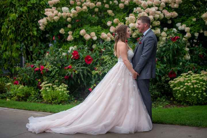What do you love most about your wedding dress? - 1