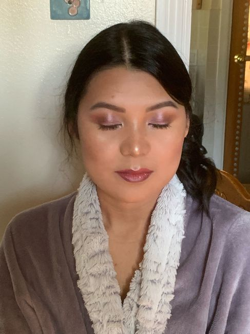 Lilac eyes makeup for Summer wedding. 4