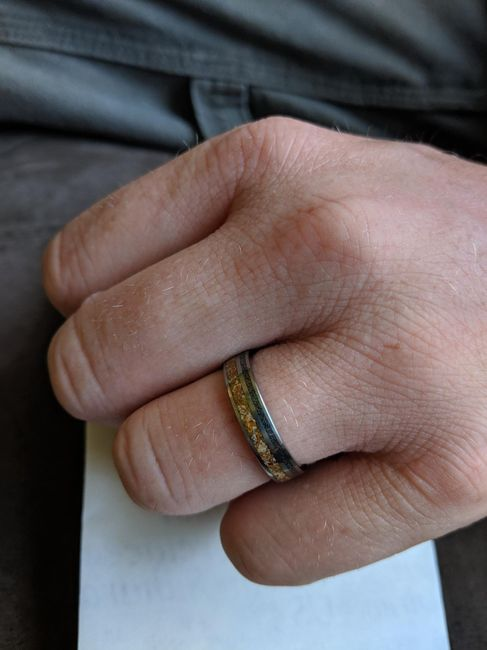 Show off your partner's wedding band! 9