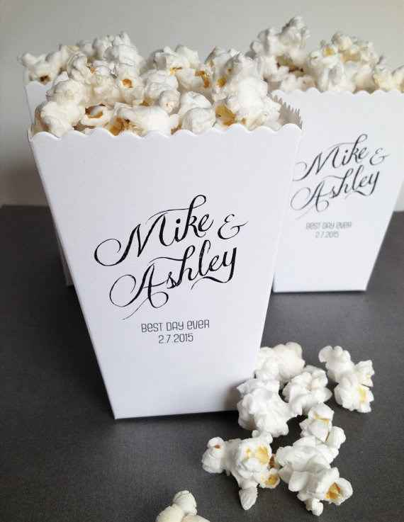 We are having popcorn favours! I ordered these on etsy and they are adorable!